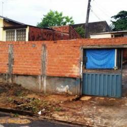 Vendo Casa proximo ao Shopping Boulevard na Rua Cajá